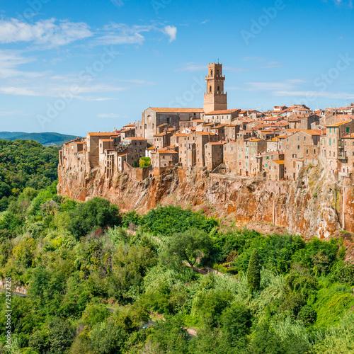 Zdjęcia na płótnie, fototapety na wymiar, obrazy na ścianę : Old town Pitigliano Tuscany Italy