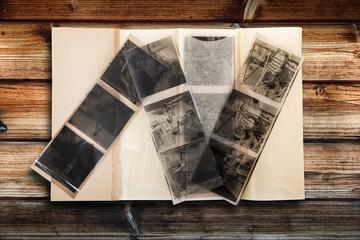 vecchi negativi su fondo legno