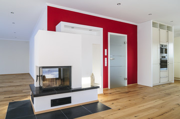 moderner Wohnraum mit Kamin