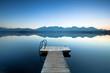 Steg mit Treppe am See