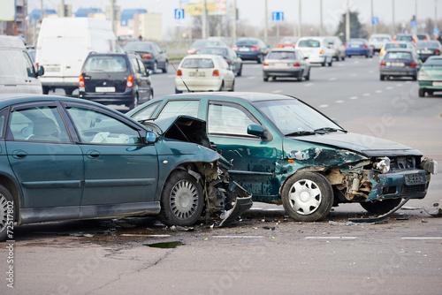 Leinwanddruck Bild car crash collision in urban street