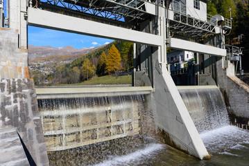 Tracimazione Diga di Maen - Valtournenche - Valle d'Aosta
