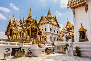 Phra Thinang Dusit Maha Prasat temples