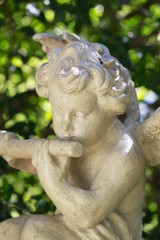 Cherub sculpture - Garden decor