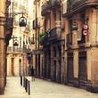 Obrazy na płótnie, fototapety, zdjęcia, fotoobrazy drukowane : Street in gothic quarter in Barcelona.