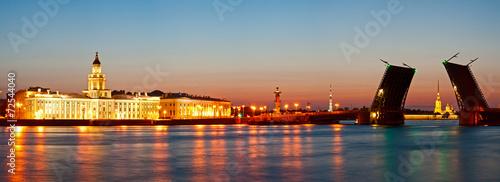 Fotobehang Oost Europa White night in St.-Petersburg