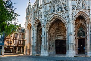Rouen - St. Maclou 35