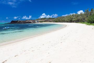 immense plage de sable blanc, Cotton Bay, Rodrigues