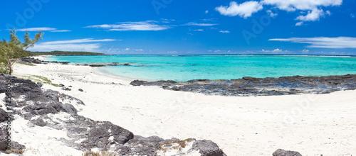canvas print picture plage de l'anse Ally, côte est de l'île Rodrigues