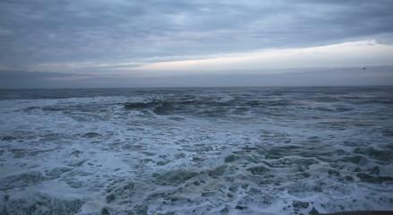 Crashing Waves in Cape Kiwanda Pacific City Oregon 1080p