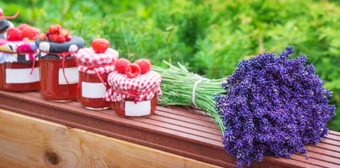 Marmelade und Lavendel