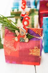 Adventskalender aus Geschenktüten