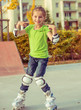 Little girl on roller skates - 72616857