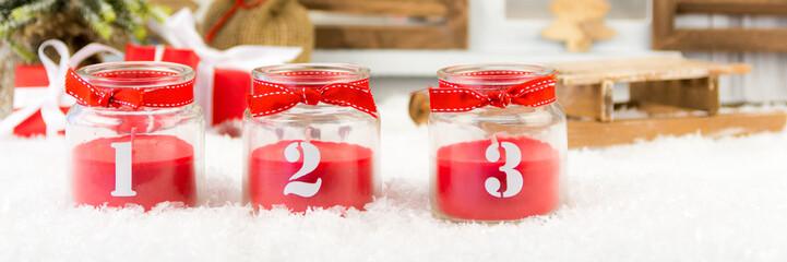 rote kerzen im glas zum 3. advent