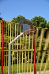 canasta de baloncesto al aire libre