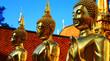 Bouddha doré au Temple de Doï Sutep en Thaïlande - 72629240