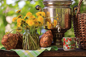 samovar summer flowers