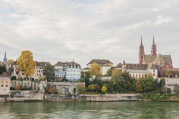Basel, Altstadt, Münster, Rhein, Altstadthäuser, Herbst, Schweiz