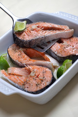 Salmon baked with white wine