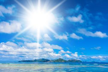 Sunshine Coast Scene under the Sun
