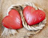 coeurs et corde de lien