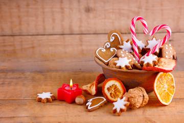 Leckere Süßigkeiten zu Weihnachten - Hintergrund mit Textraum