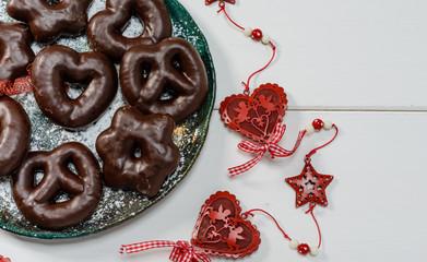 Biscotti alle spezie e cioccolato
