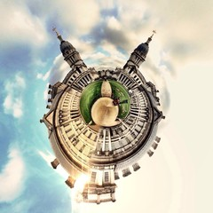 Awesome circular London Monument landscape view