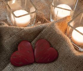 coeurs et bougies romantisme