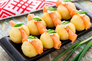 Potato gnocchi with salmon