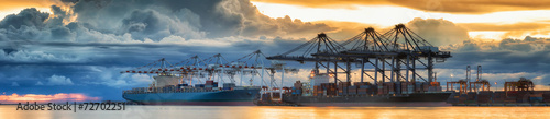 Leinwanddruck Bild Container Cargo freight ship with working crane loading bridge i
