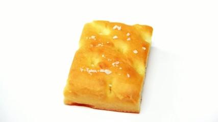 focaccia italiana all'olio di oliva con prosciutto e formaggio