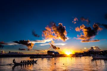 沖縄 ハーリー練習と夕日