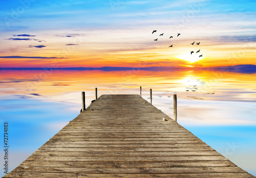 soledad en el lago de colores