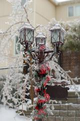 Frozen post lamp