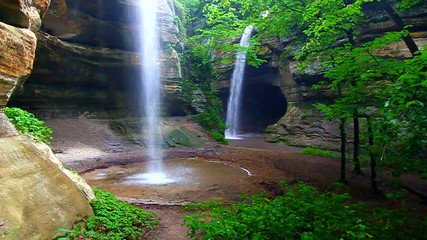Starved Rock State Park Waterfall Illinois