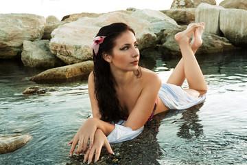 ragazza in acqua