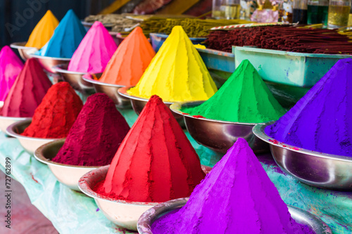 Tuinposter Asia land Dye Powders