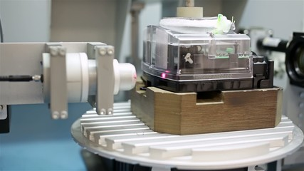 Automatic laser plastic welding