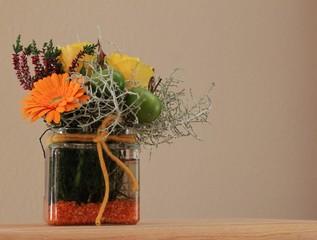 Herbstliche Grüße mit Blütenmischung