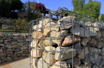 clôture en pierres sèches