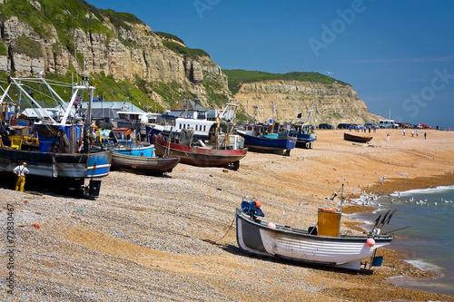 Aluminium Poort Fishing boats on the beach in Hastings, East Sussex, UK.