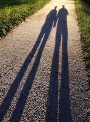 Paar langer Schatten