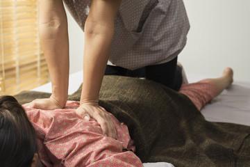 Massage series : back massage