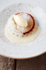apple and rhubarb tartlet with cream