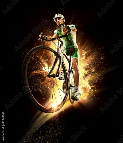 Sport. Cyclist isolated - 72869009
