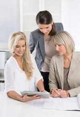 Erfolgreiche Zusammenarbeit im Team: Frauen im Beruf