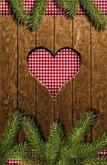 Herz im Holz mit Karostoff