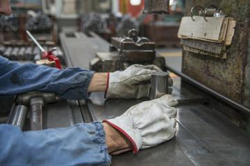 mani al lavoro