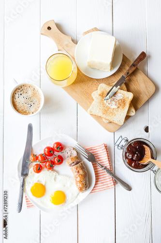 Papiers peints Table preparee breakfast